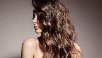 وصفات طبيعية لعلاج الشعر المطاطي