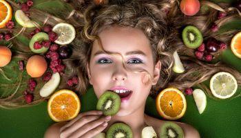 تعرف على أفضل الأغذية لتغذية الشعر ونموه