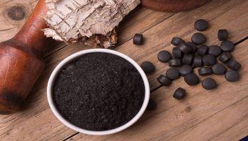 فوائد الفحم المنشط واستخدامه للعناية بالبشرة والشعر والأسنان