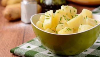 سلطة البطاطس المسلوقة للرجيم