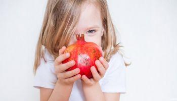 فوائد الرمان للأطفال